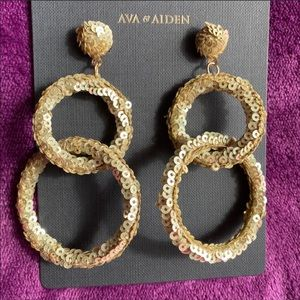 AVA & AIDEN earrings Gold sequined Hoop links NWT